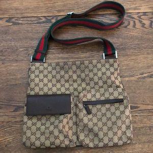 GUCCI Brown Crossbody/Messenger Bag
